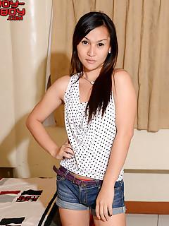 Shemale Shorts Pics